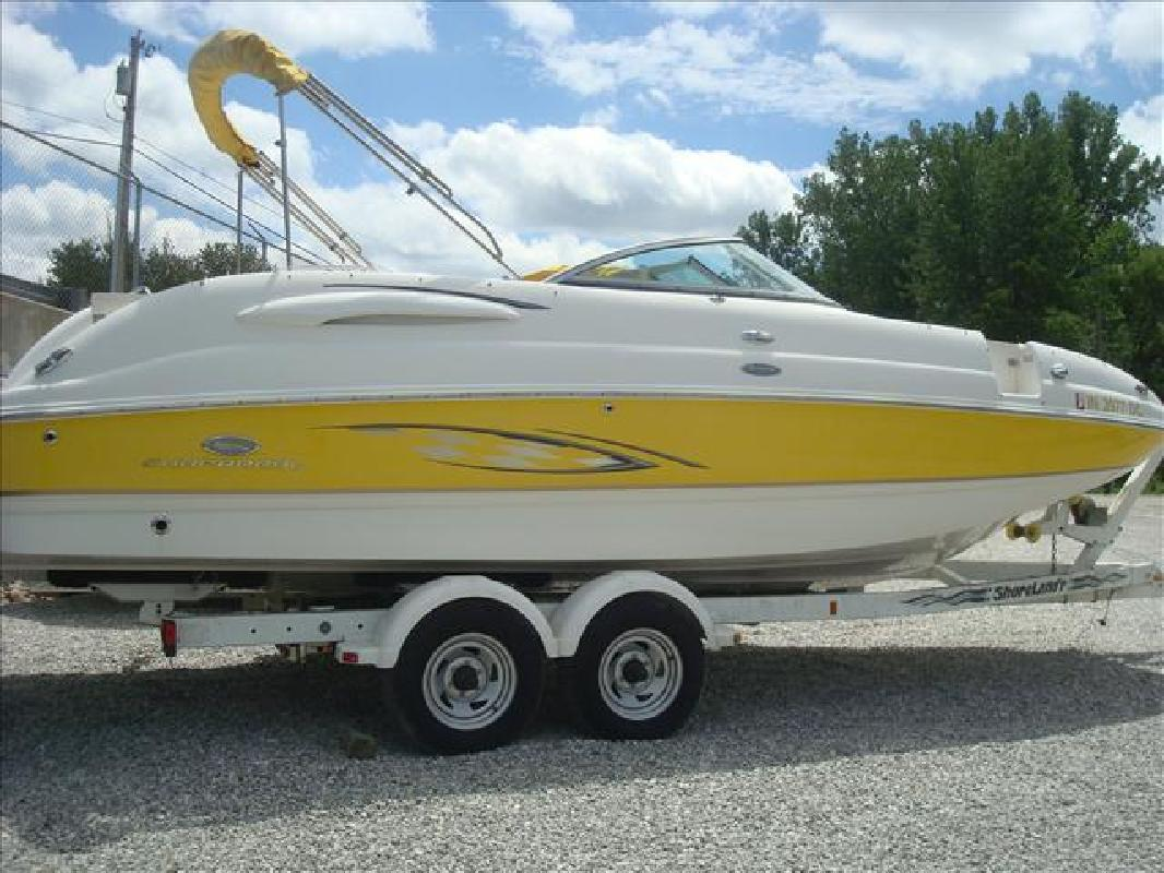 2006 Chaparral Boats Sunesta 254 Syracuse IN