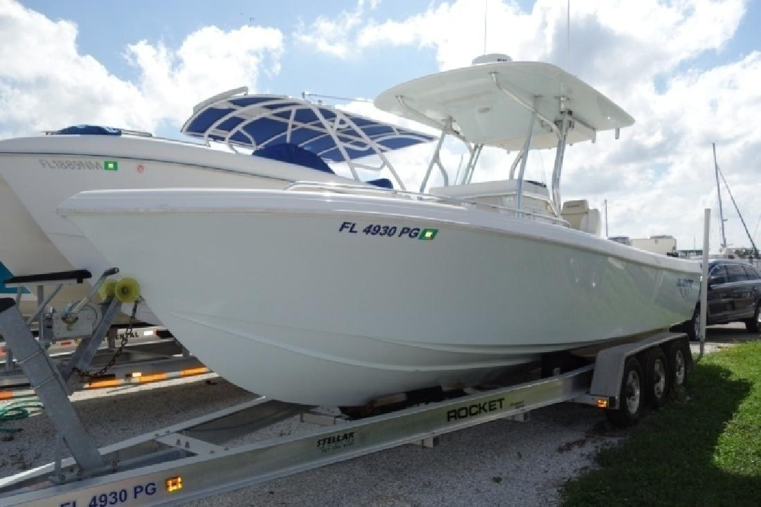 2012 - Bluewater Boats - 2550 in Tampa, FL