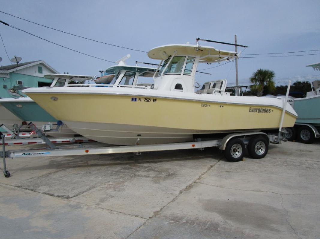 2006 Everglades Boats V-Hull 260 CC Rockledge FL