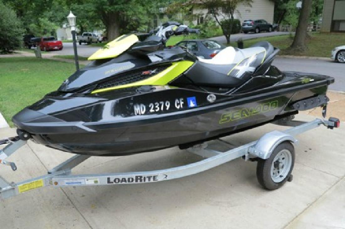 $2,500 2012 SEA-DOO RXT-X 260 Jet Ski