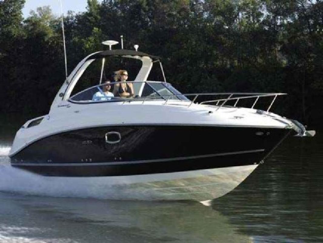 $112,423 2010 Sea Ray 260 Sundancer