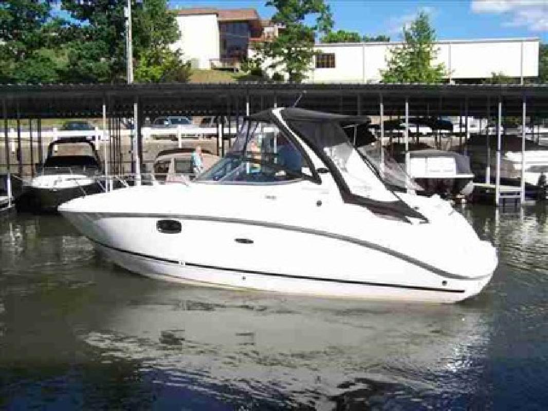 $108,398 2010 Sea Ray 260 Sundancer