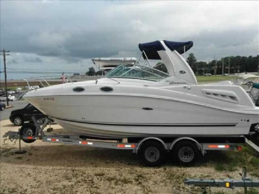 $59,900 2007 Sea Ray 260 SUNDANCER