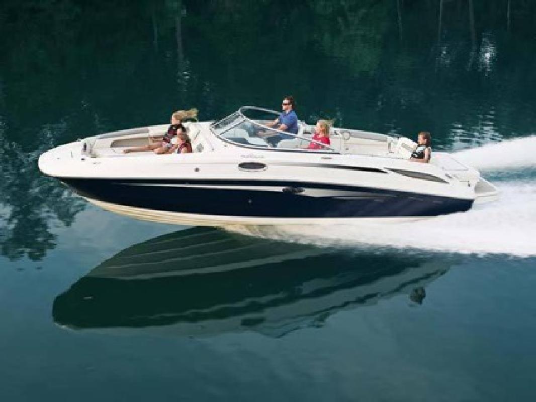 $83,809 2010 Sea Ray 260 Sundeck