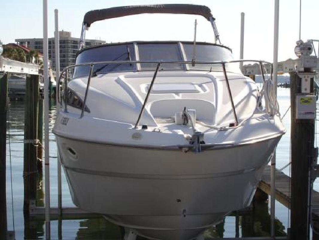 2001 27' Bayliner 2655 Ciera in New Port Richey, Florida