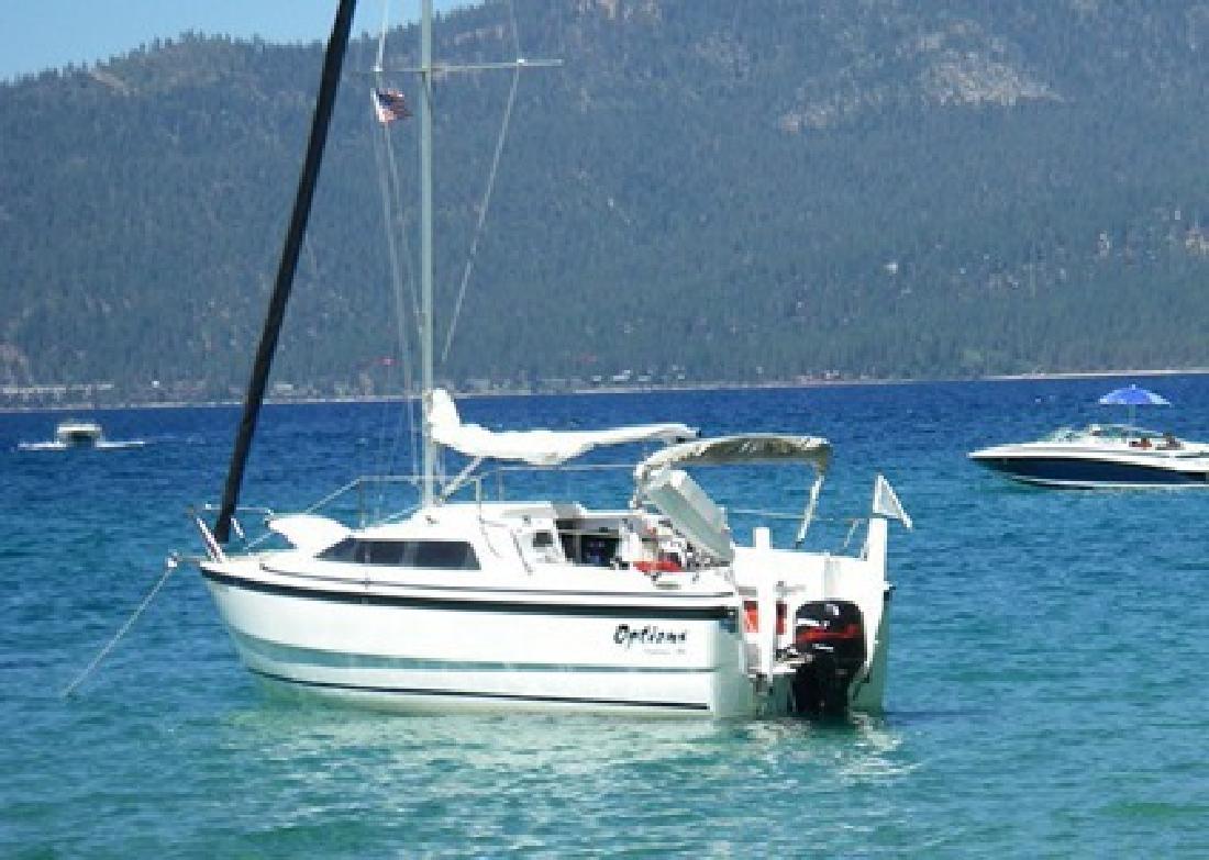 $17,000 2002 26? MacGregor 26x Sail Boat