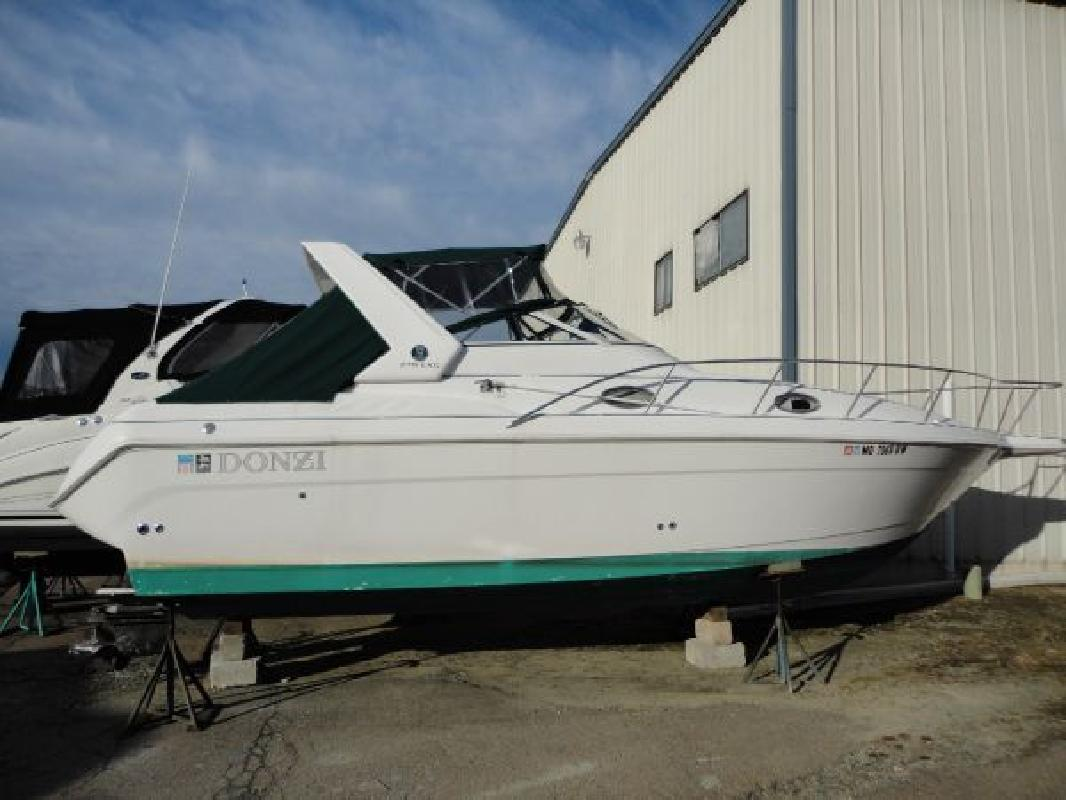 1998 27' Donzi 275 LXC in North East, Maryland