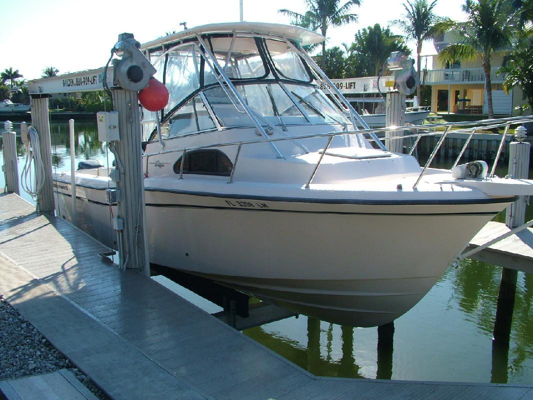 2001 28' Grady-White 282 Sailfish