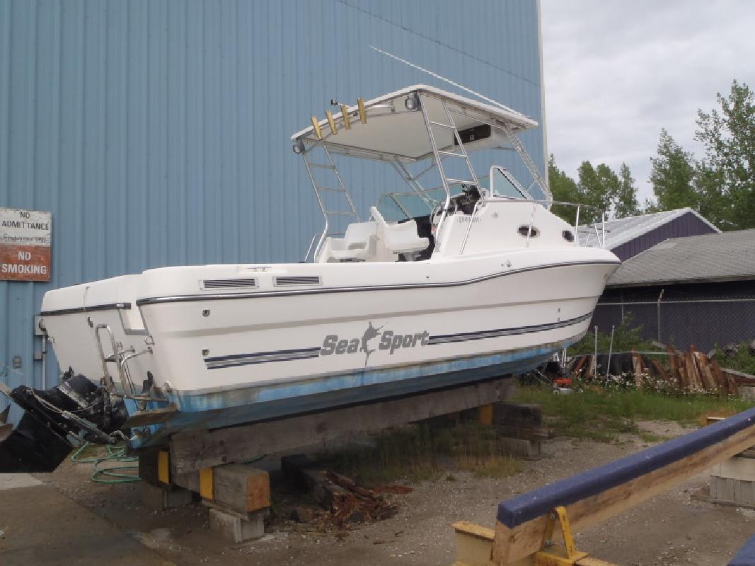 2000 - Sea Sport Boats - 2844 Walkaround in Au Gres, MI