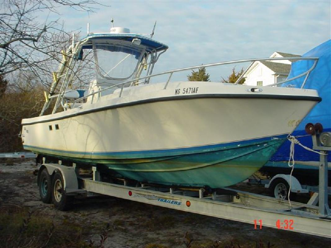 1999 29' Sea Vee Boats 290 IB (Diesel Power)