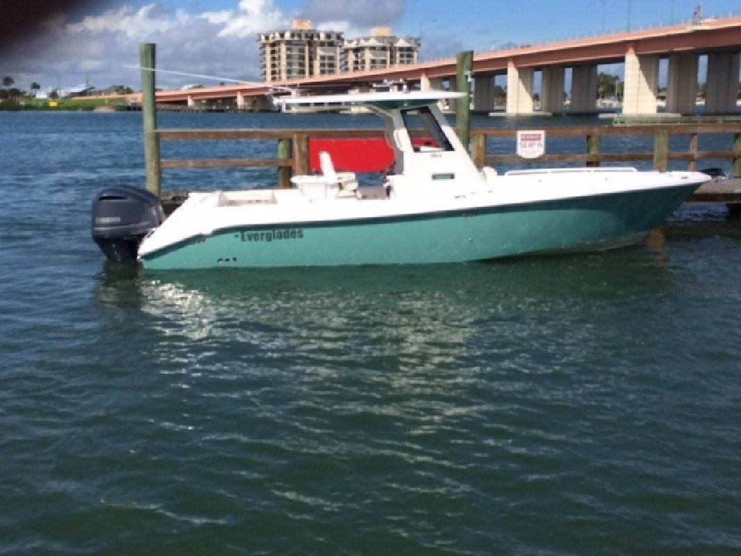 2015 Everglades Boats 295cc Rockledge FL