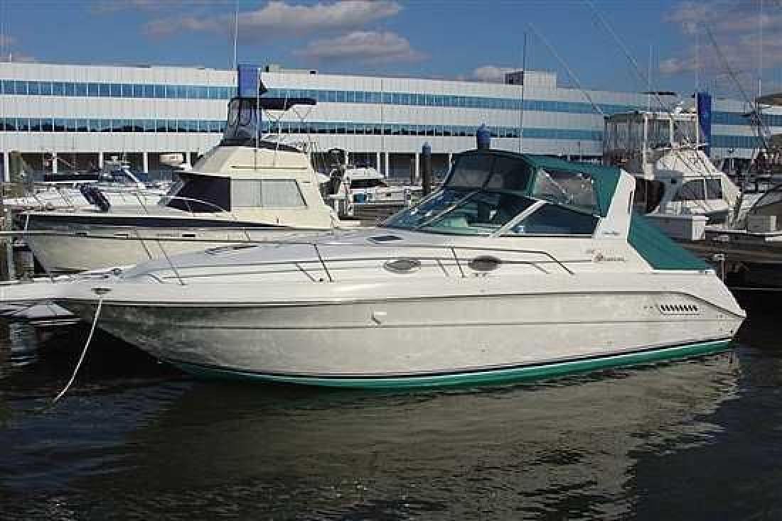 1997 Sea Ray SUNDANCER 300 Bristol CT