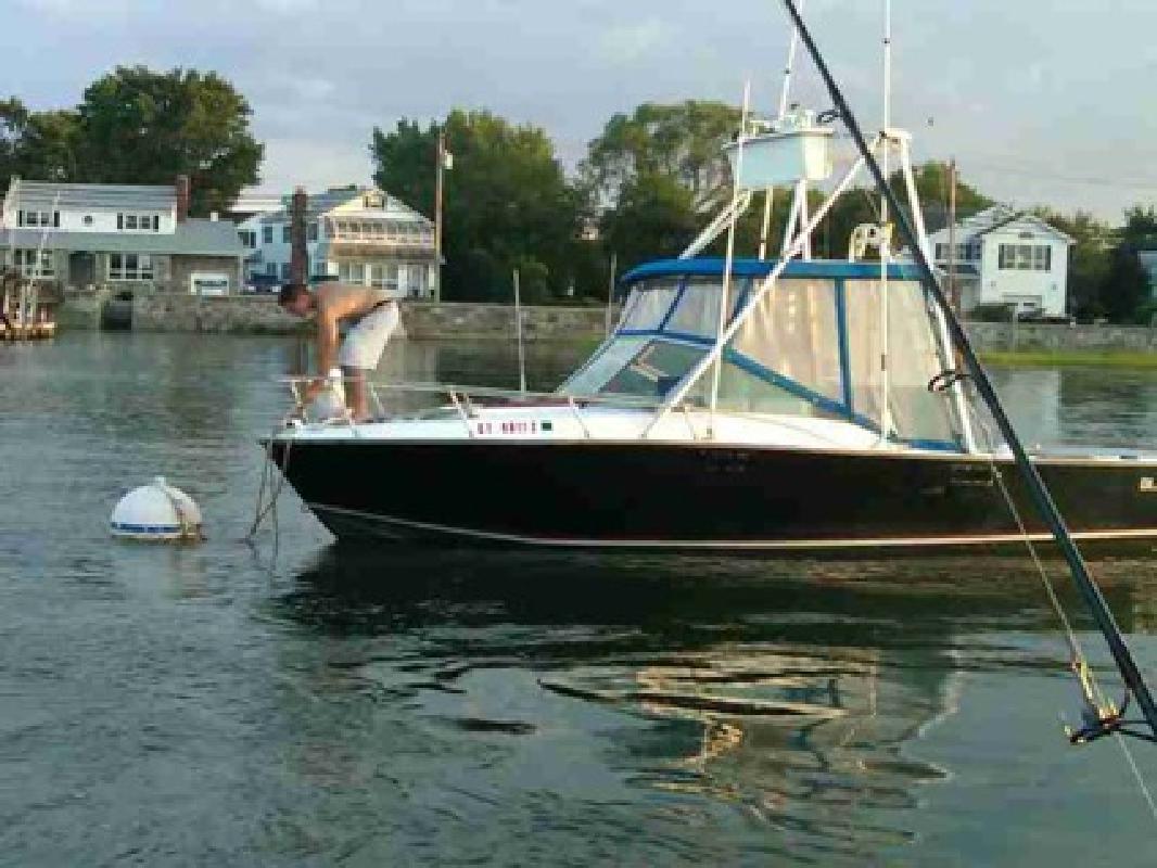 22 000 1977 blackfin 25 39 marlin tower twin 302 39 s fishing for Fishing boats ny