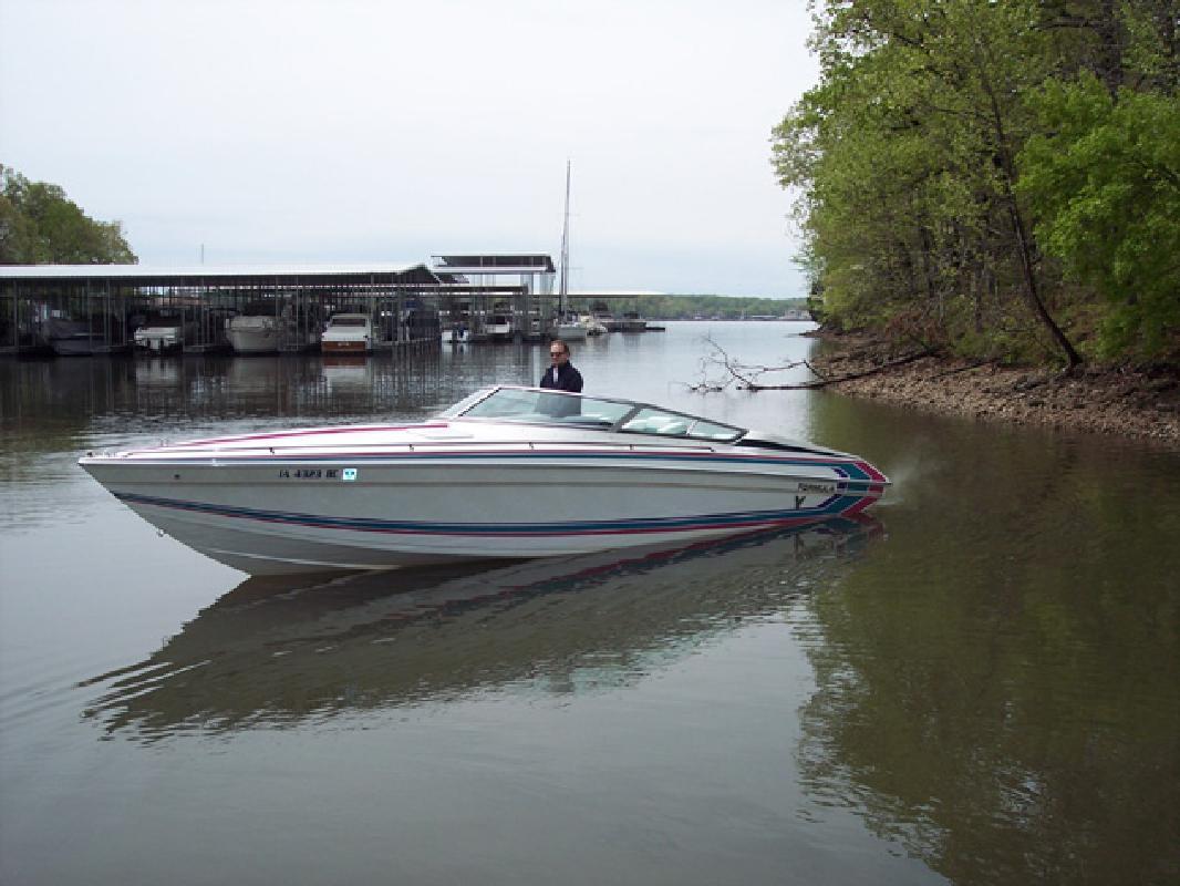 1992 30' Formula 303 SR1 for sale in Lake Ozark, Missouri | All Boat ...