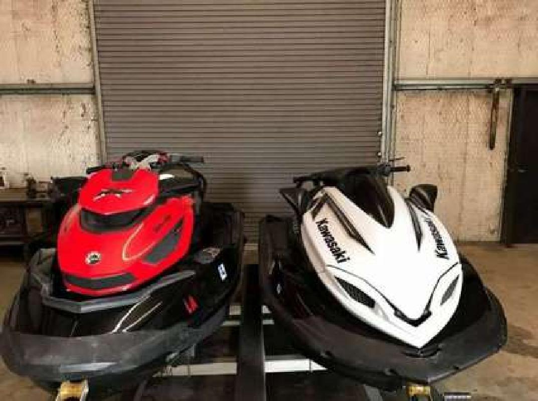 $3,000 2014 Kawasaki & Sea-Doo (Pair) 310x & RXT-X 260 PWC