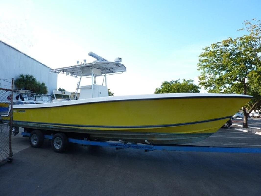 2003 31' Contender 31 CC in Fort Lauderdale, Florida