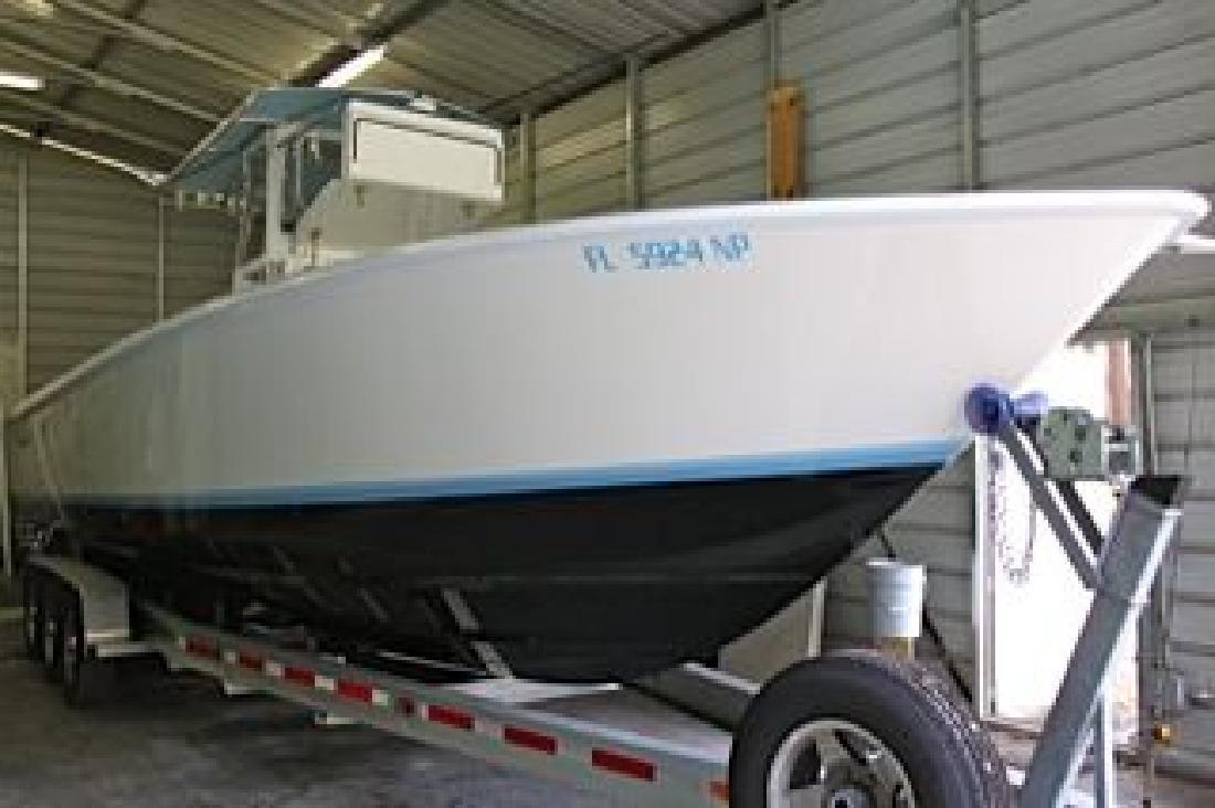 2008 33' Contender 31 T