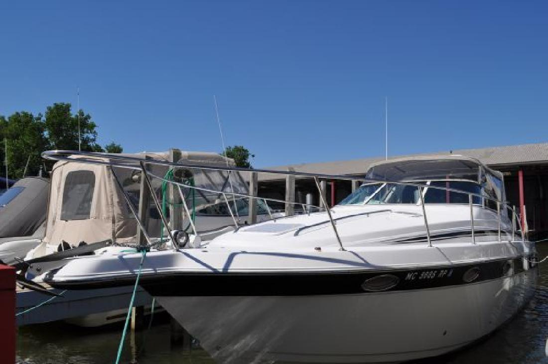1998 32' Donzi 3250 LXC for sale in Harrison Township, Michigan | All Boat ...