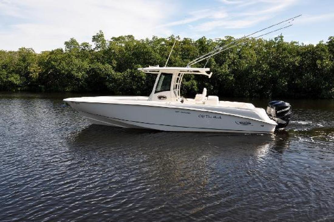 2011 Boston Whaler Outrage 32 Key Largo FL