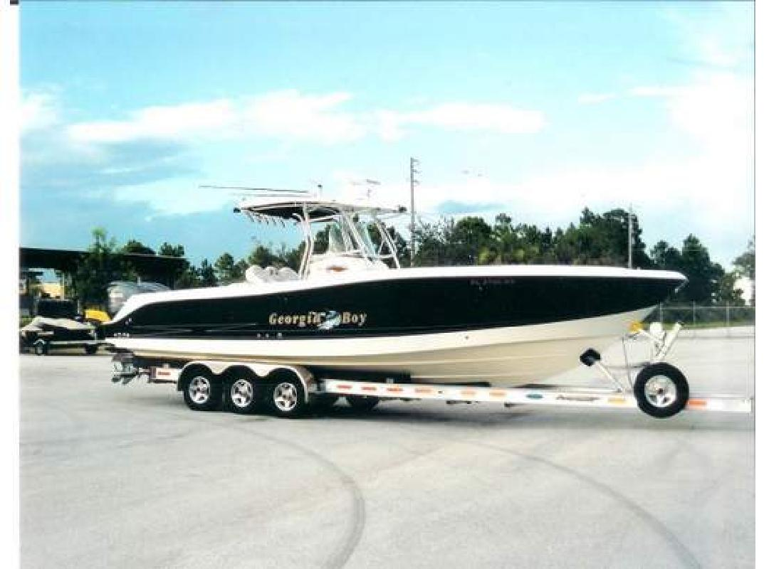 2004 33' Hydra-Sports Vector 3300 cc Center console in Jacksonville, Florida