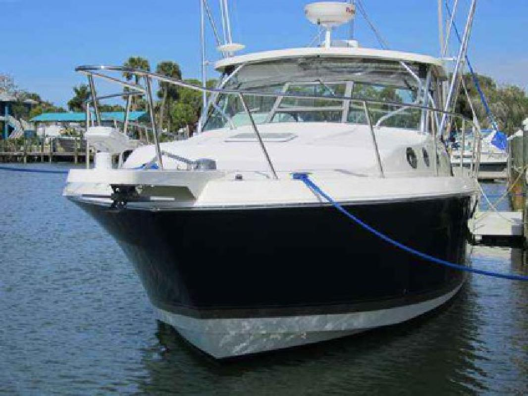 Used 2007 Wellcraft 330 Coastal