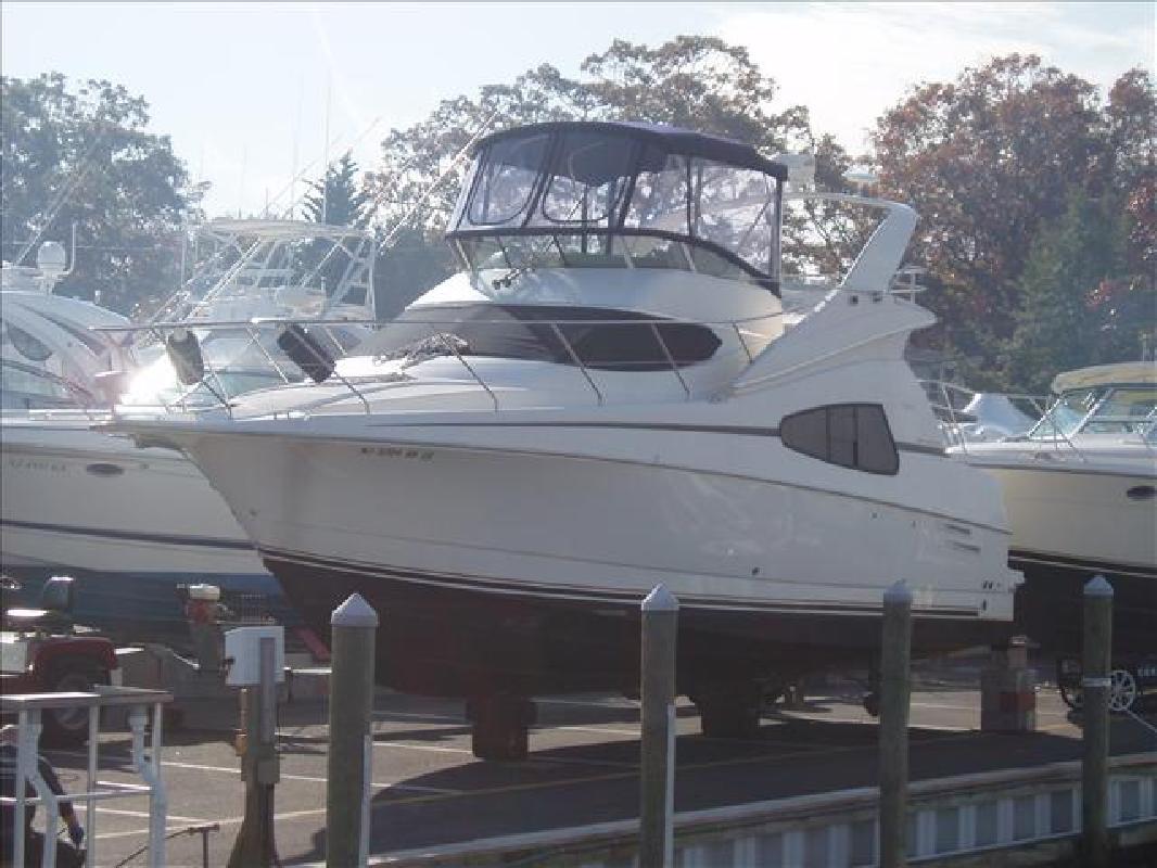 2002 33' Silverton 330 Sport Bridge