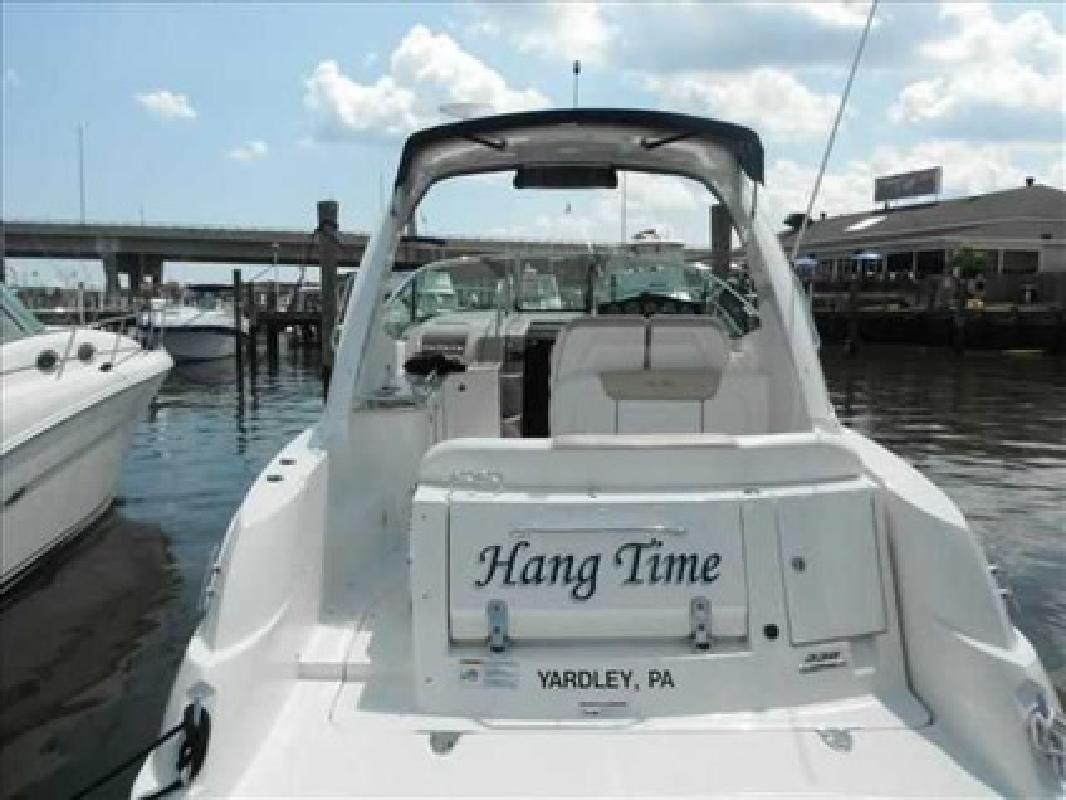 $214,473 2010 Sea Ray 330 SUNDANCER