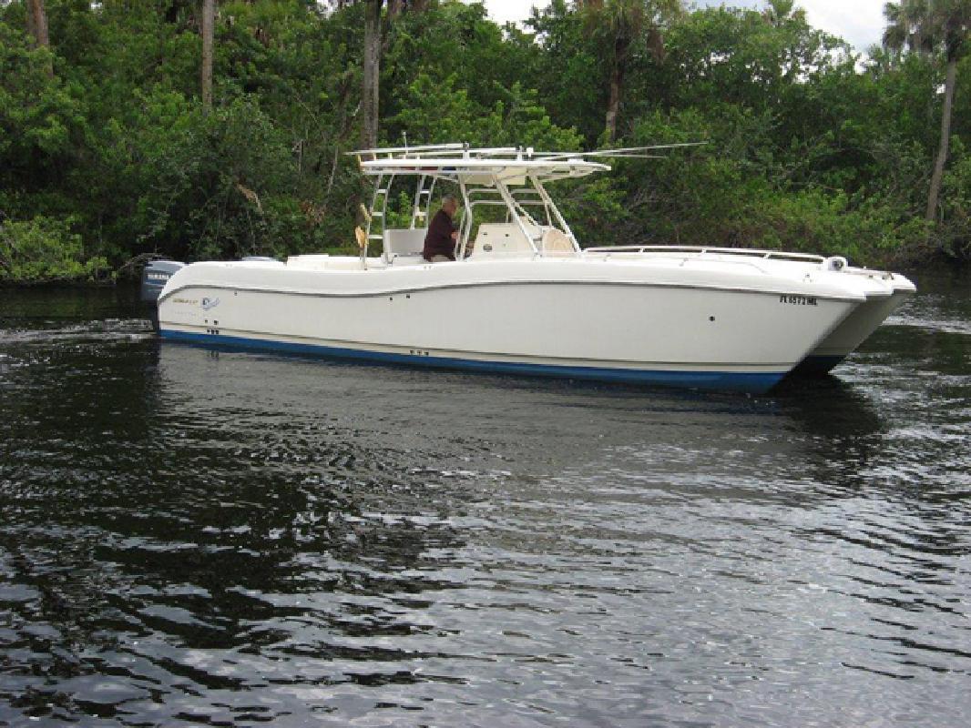 2003 33' Worldcat 330 TE