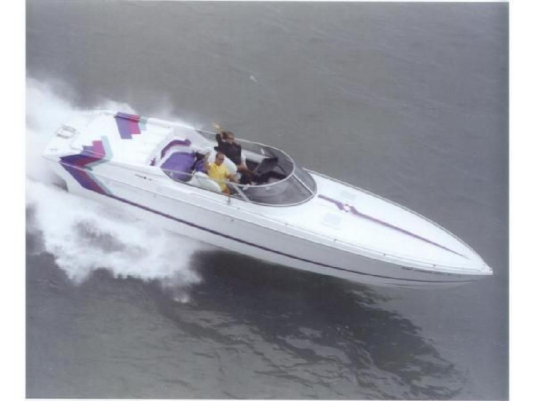 1994 33' Formula 336 SR1