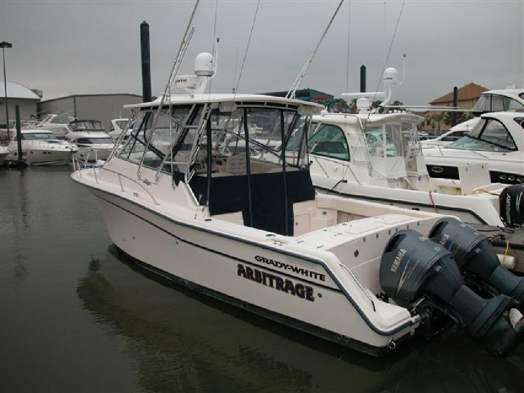 2004 33' Grady-White 33 EXPRESS in Seabrook, Texas