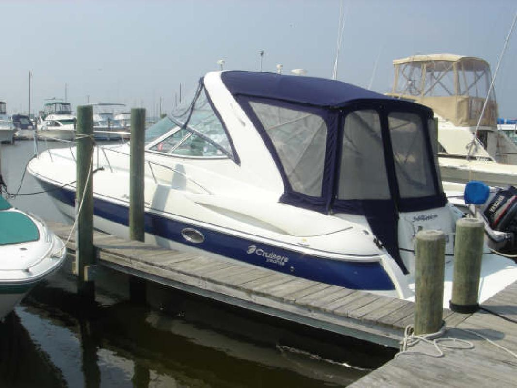 2005 34' Cruisers 340 Express