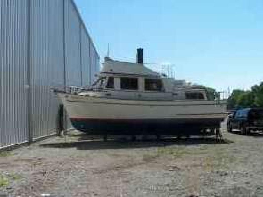 1980 34' Marine Trader 34 Double Cabin for sale in Temperance