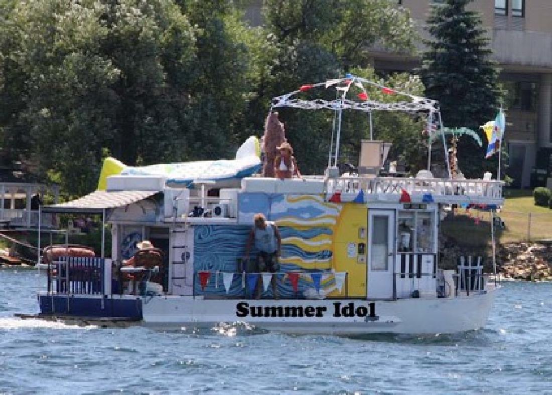 $29,500 1969 Zimmer Houseboat 34 feet
