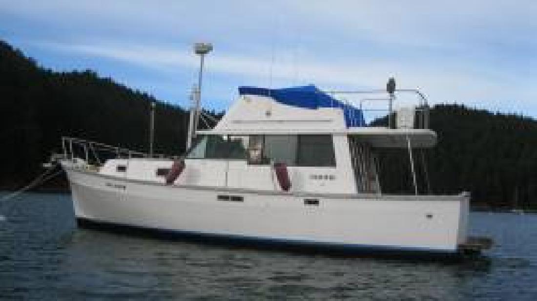 1978 34' MAINSHIP 34 Sedan Trawler