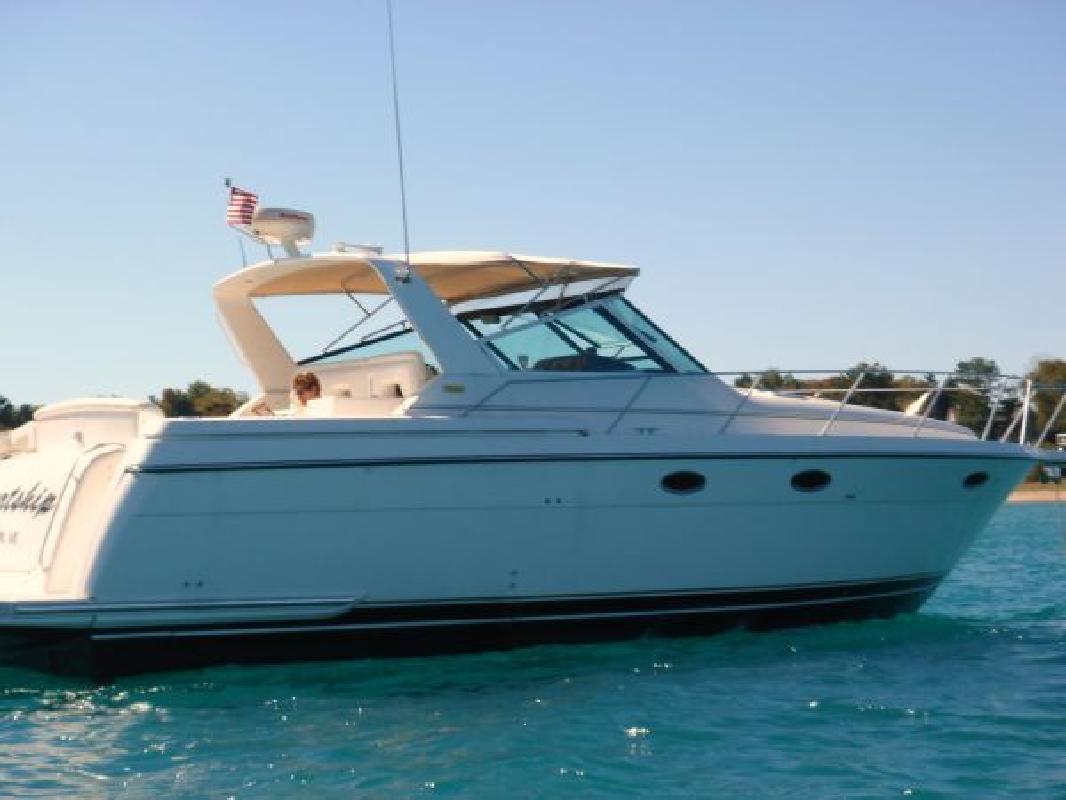 1999 35' Tiara Yachts * 3500 Express (Stk#B3557)