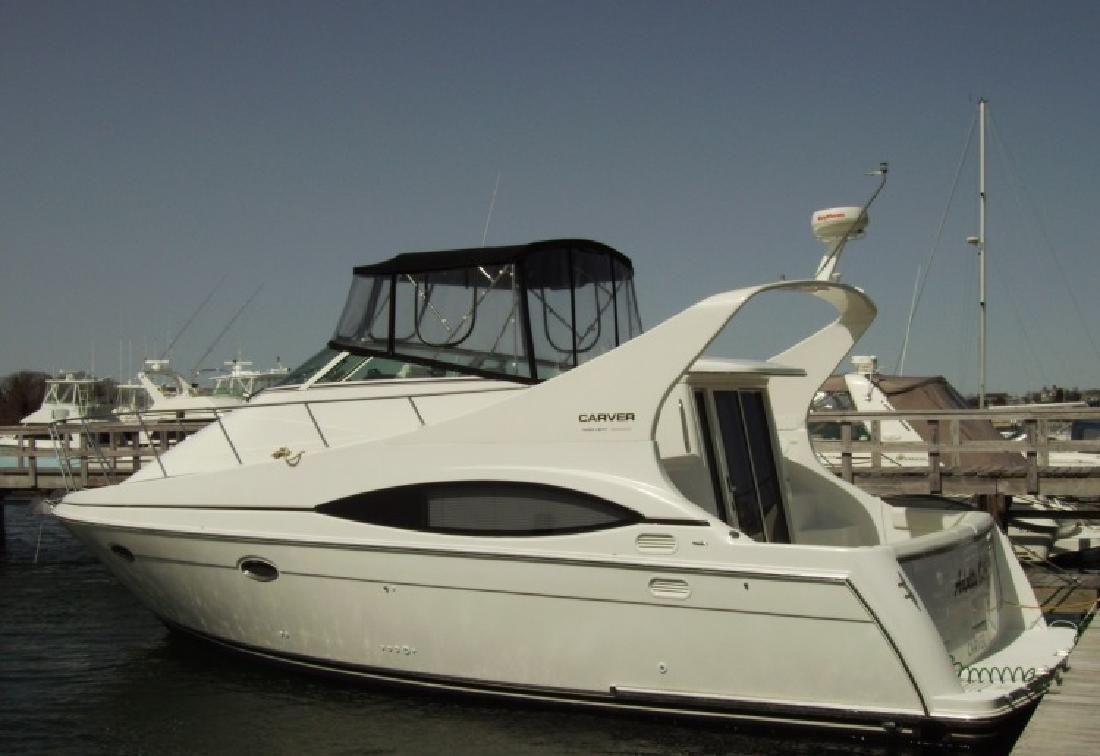 2001 35 Carver 350 Mariner