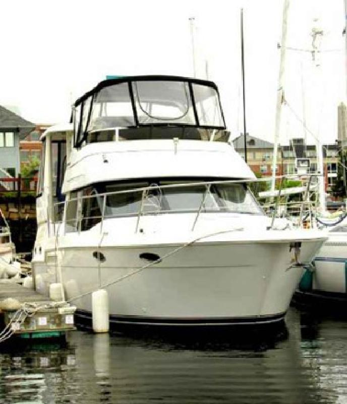 $95,000 Used 2000 Carver 356 ACMY