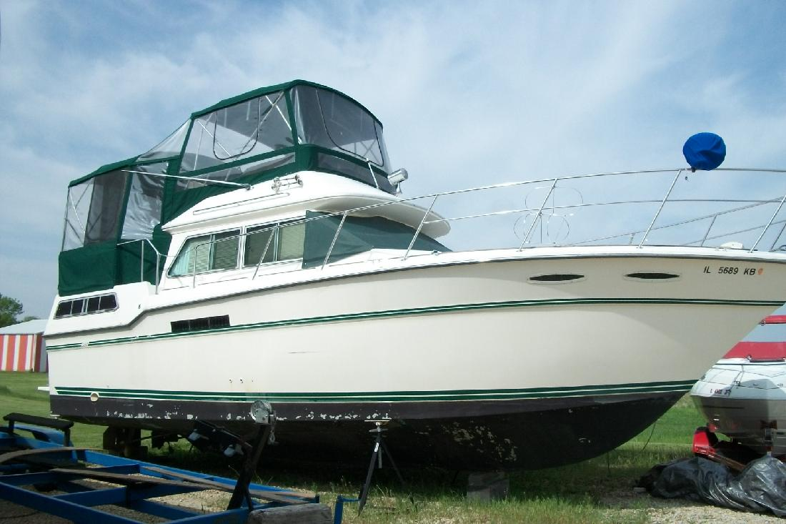 1986 36' Sea Ray 360 Aft Cabin in Seneca, Illinois