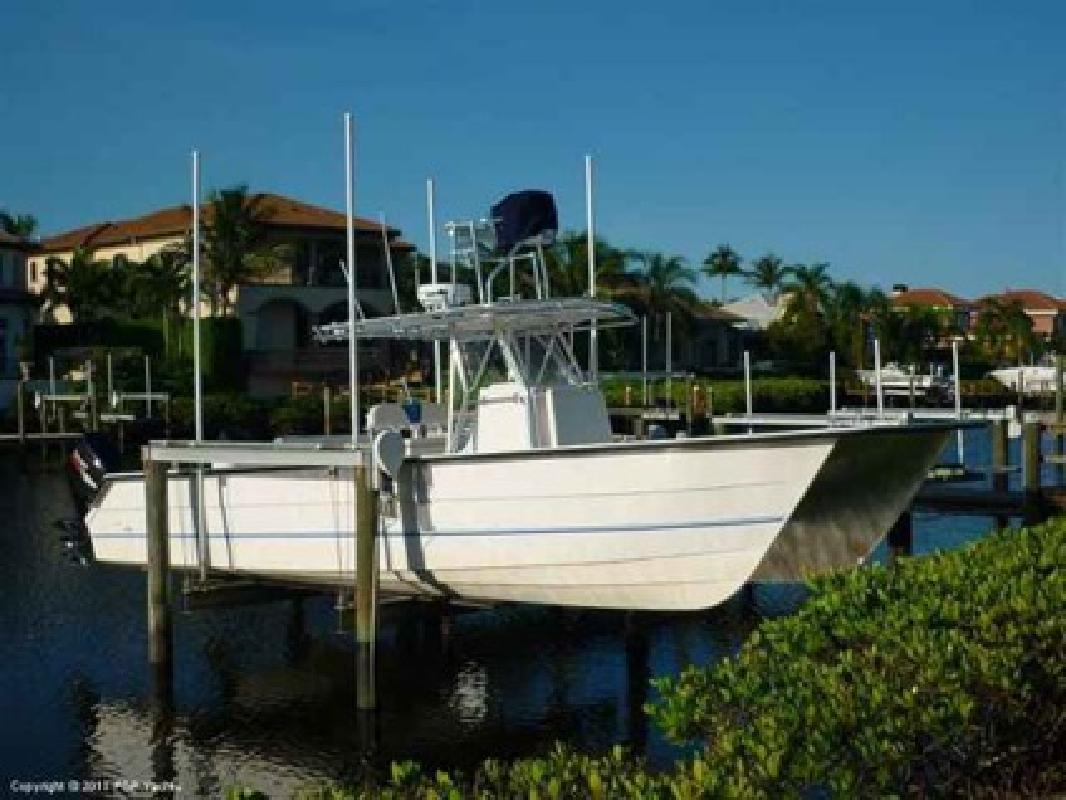 $125,000 2007 Twin Vee 36 Center Console