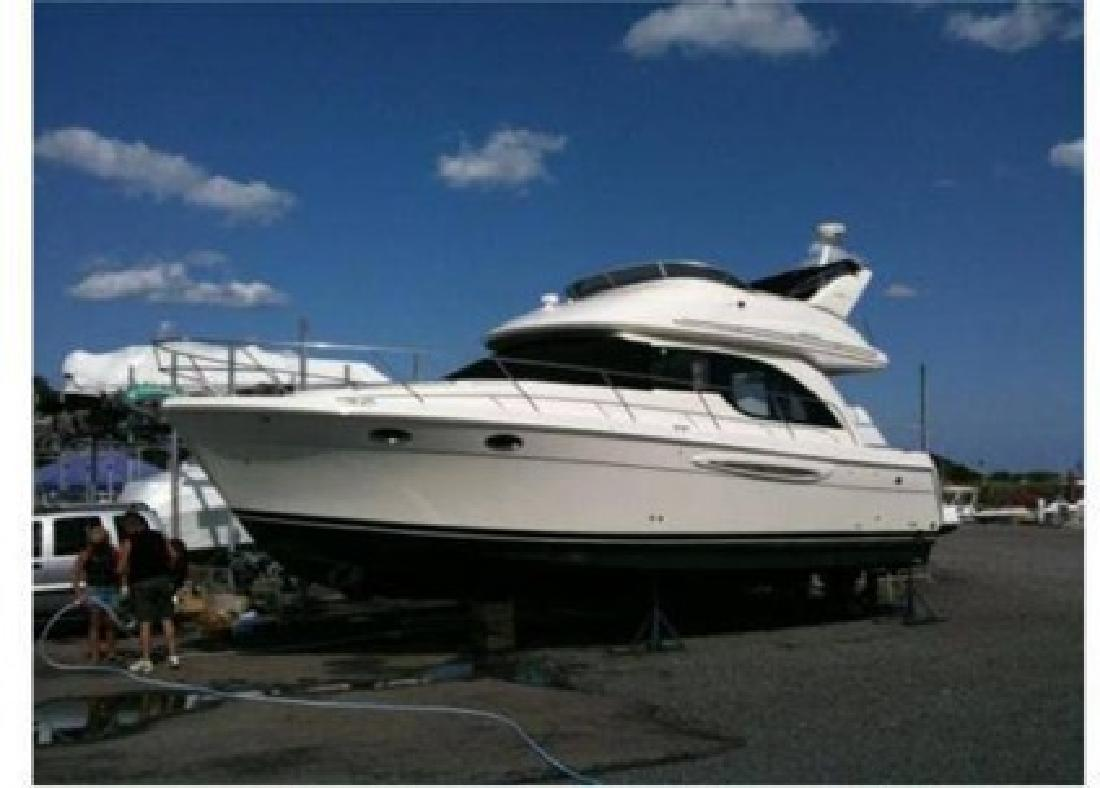 $149,000 2004 38 (ft.) Meridian Yachts 381 Sedan (ONLY 85 HOURS!)