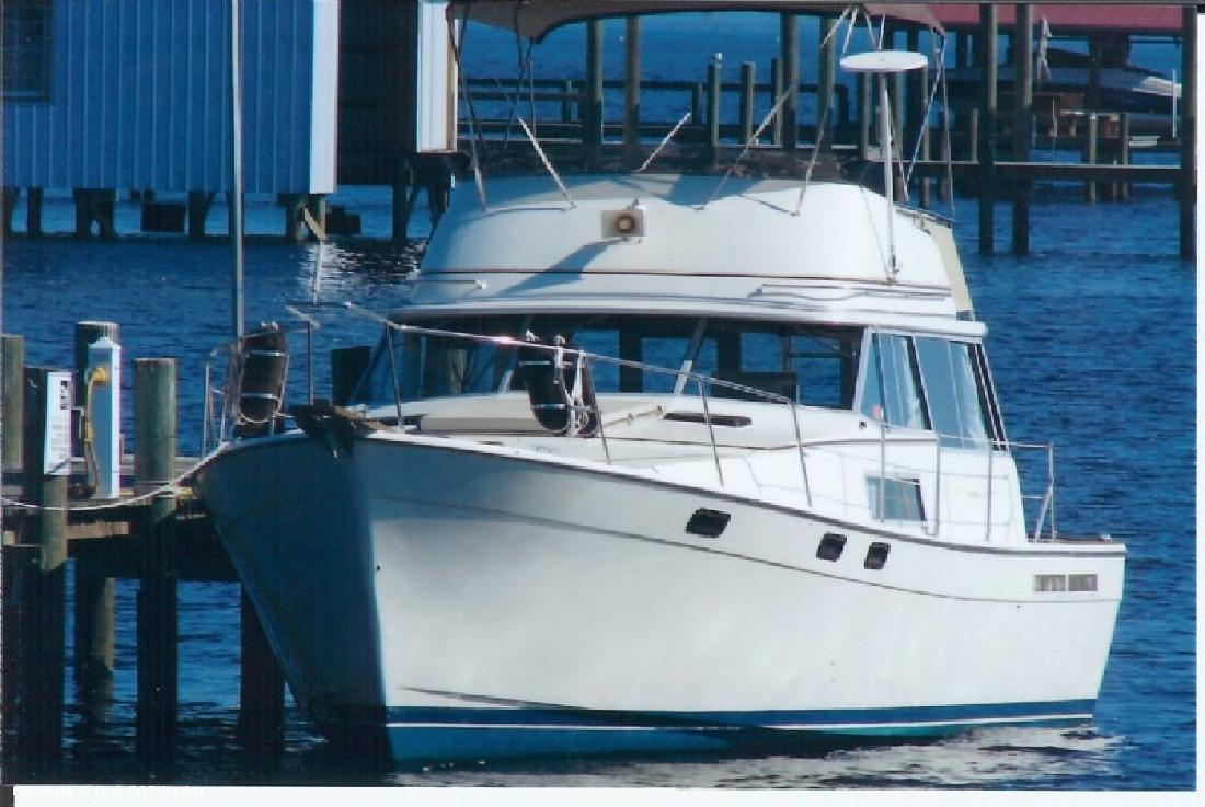 1983 38' Bayliner 38 Motor Yacht