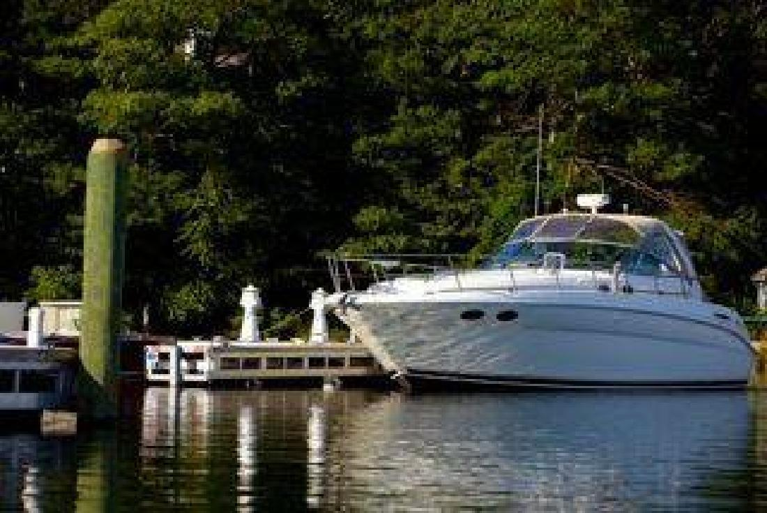 $142,000 2003 Sea Ray 38 SUNDANCER