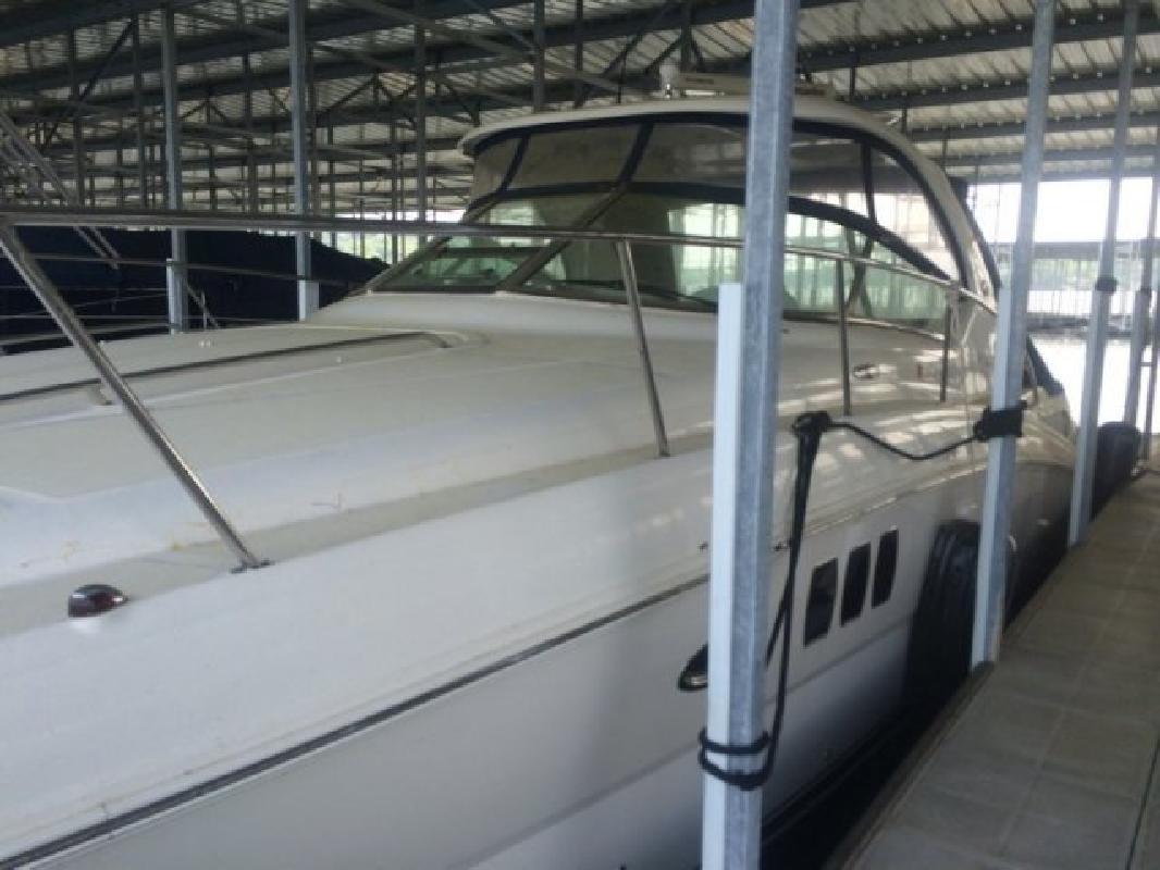 2010 - Sea Ray Boats - 390 Sundancer in Lake Ozark, MO