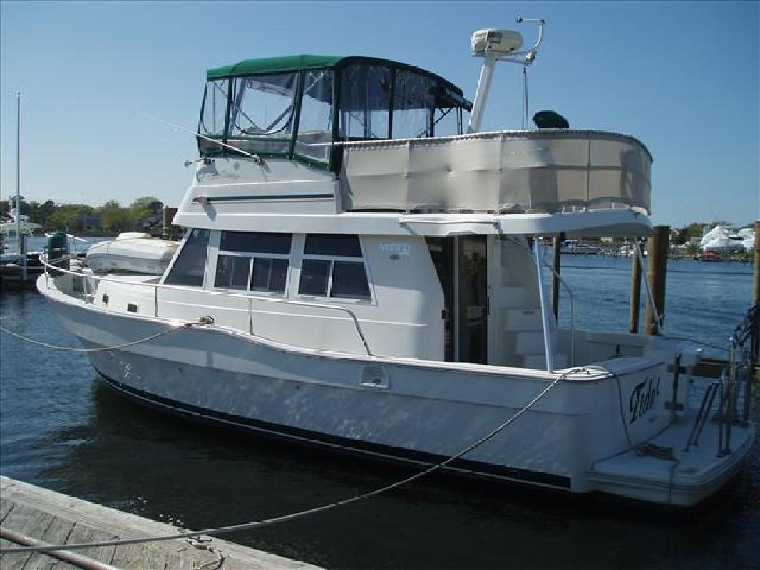 2002 39' MAINSHIP 390 Trawler