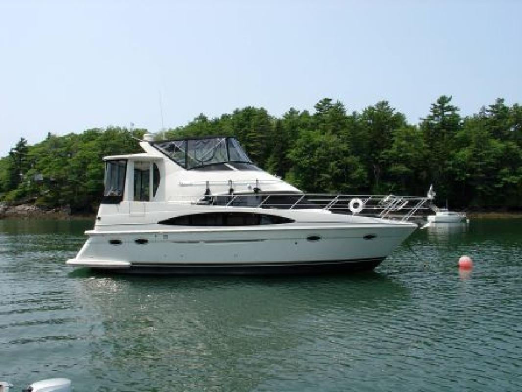 Carver new and used boats for sale in maine for Motor yachts for sale near me