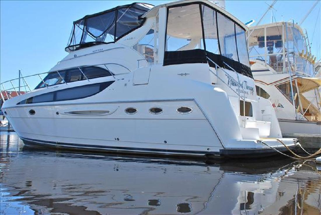 2004 41' Meridian 408 MOTOR YACHT in Wrightsville Beach, North Carolina