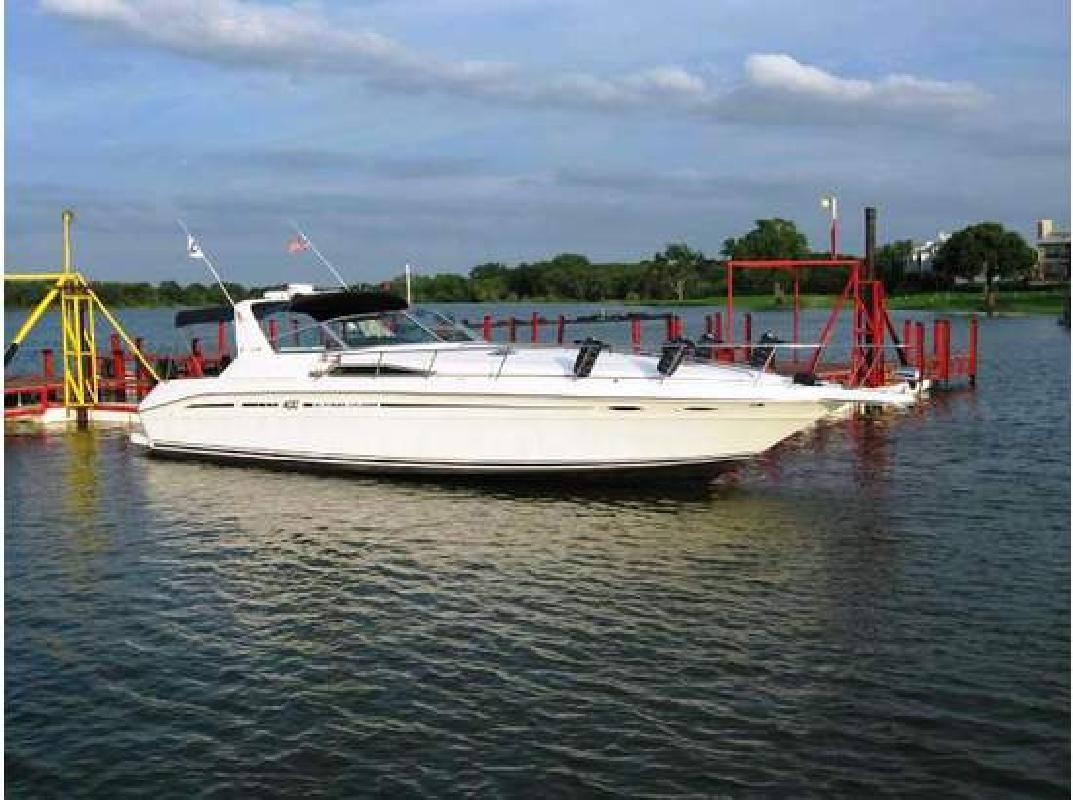 1993 40' Sea Ray 40 EXPRESS CRUISER
