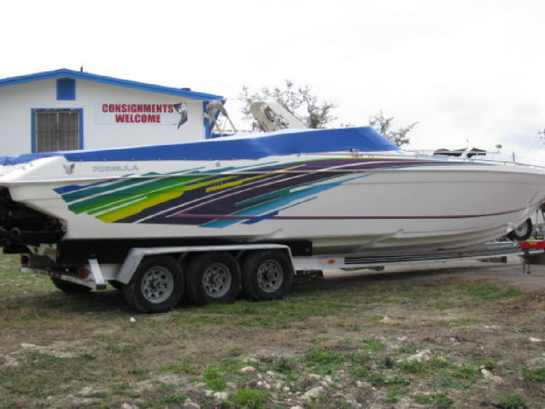 1999 41' Formula 419 FASTech for sale in Austin, Texas | All Boat Listings. ...