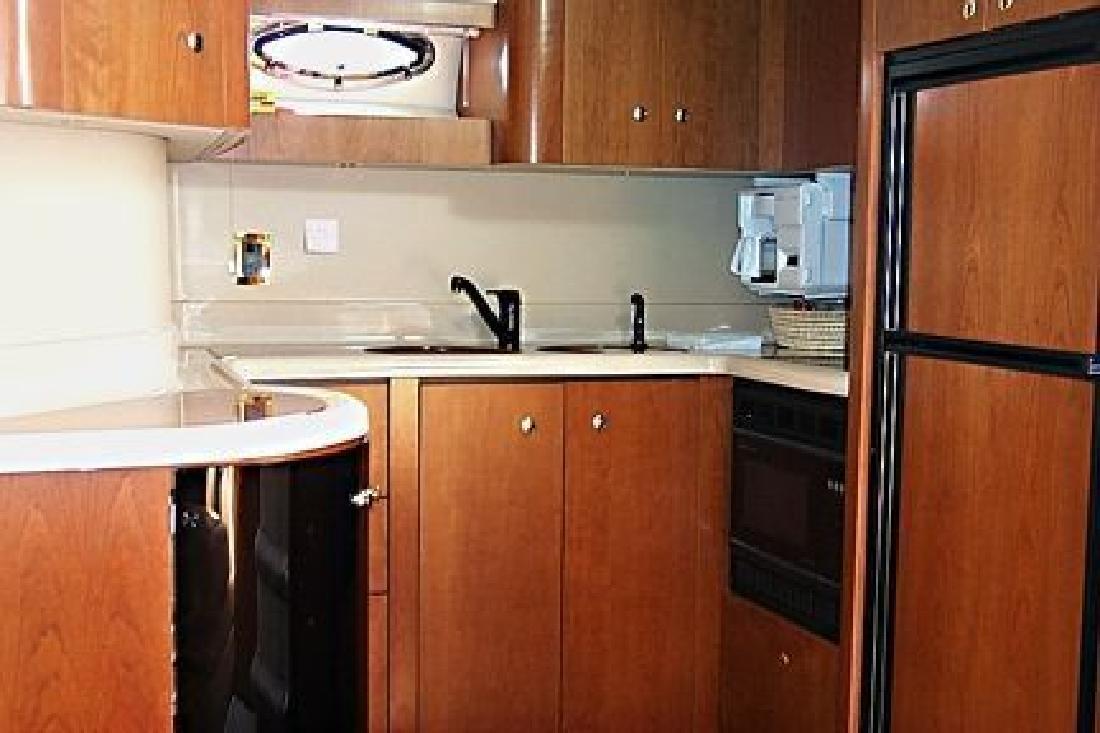 1999 42' Cruisers 4270 Esprit