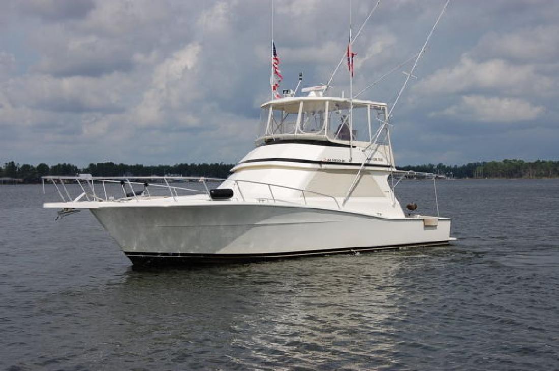 1993 43' Viking Yachts 43 SPORTFISH CONVERTIBLE. Contact the seller
